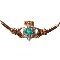 Claddagh-Necklace