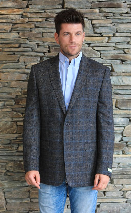 Magee Tweed Sportsjacket front