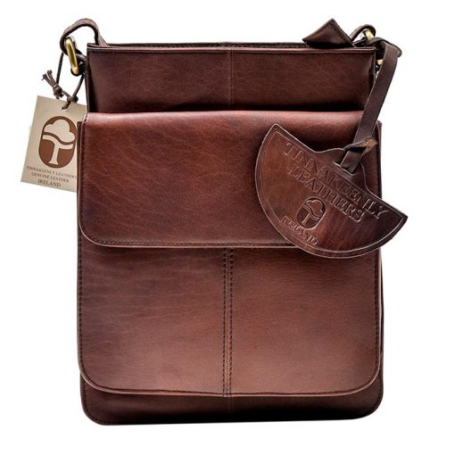 brown leather compact bag